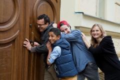 Tomova dnešní rodina, kluci a přítelkyně Pavlína.