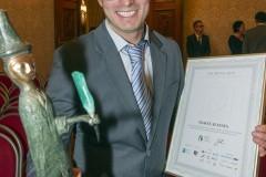 Tomáš s cenou Srdcař roku od Nadace Via, rok 2013.