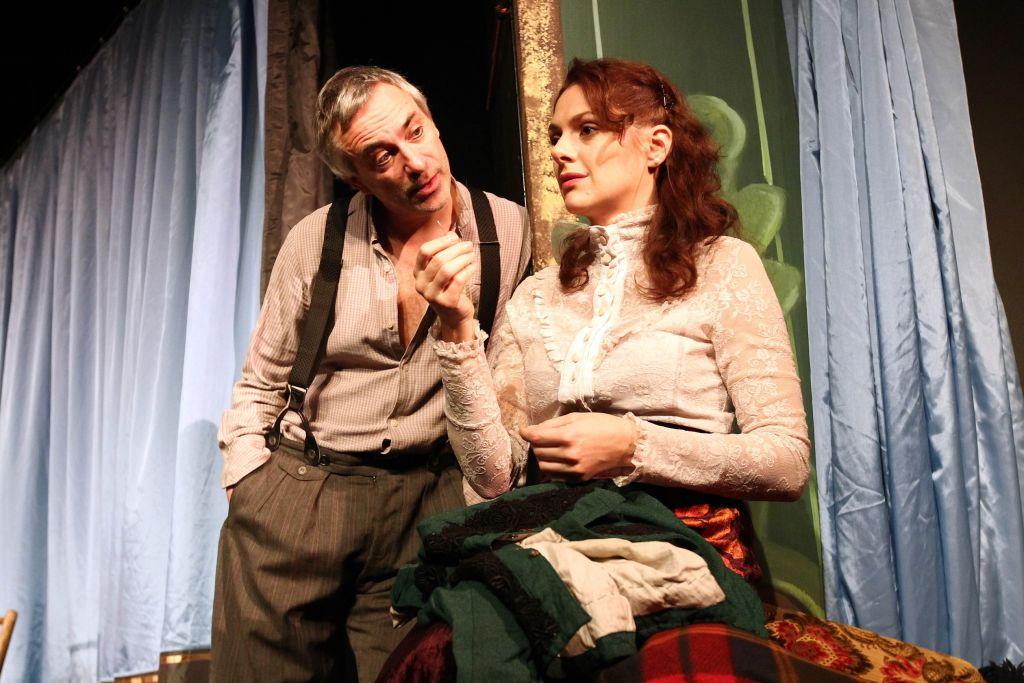Ve hře Komedianti si Petr Vacek zahrál s Klárou Issovou, foto: Ivan Kahun